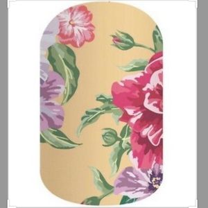Jamberry full sheet of summer cottage